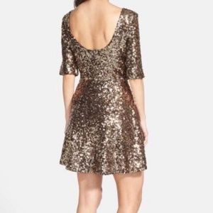 FrenchConnection Ozlem Gold Sequins Dress